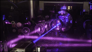 3-D quantum gas atomic clock