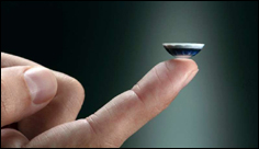 'Invisible computing' startup unveils smart contact lens
